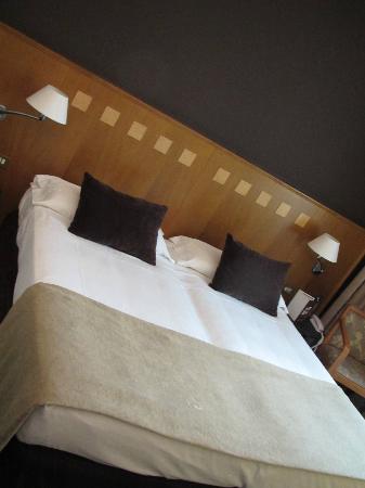 Hotel Carlemany: комната