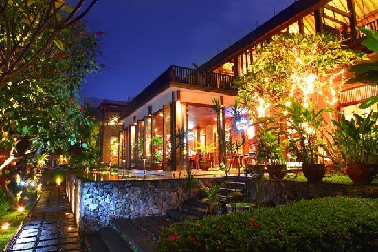 Photo of Restaurant Atmosphere Resort Cafe at Jl. Lengkong Besar No. 97, Bandung, Indonesia