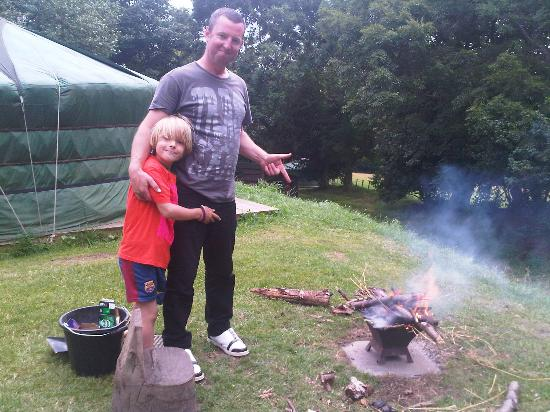 West Wood Yurts: building a fire