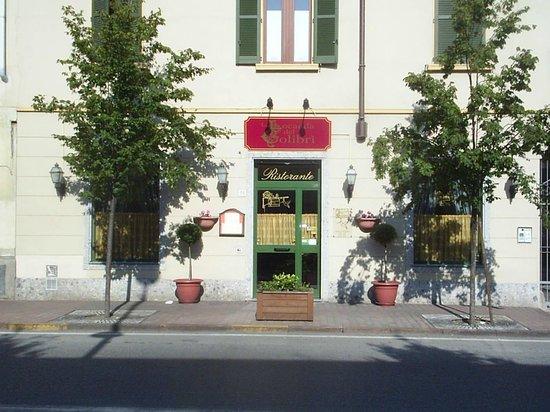 La Locanda del Colibri': Ingresso di Via Vittorio Veneto, 36