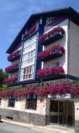 아파트 문다카 호텔
