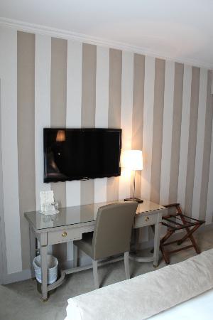 Hotel Saint Cyr Etoile : Chambre Superieure