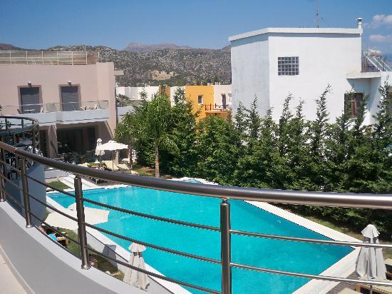 Libyan Princess Hotel: the pool