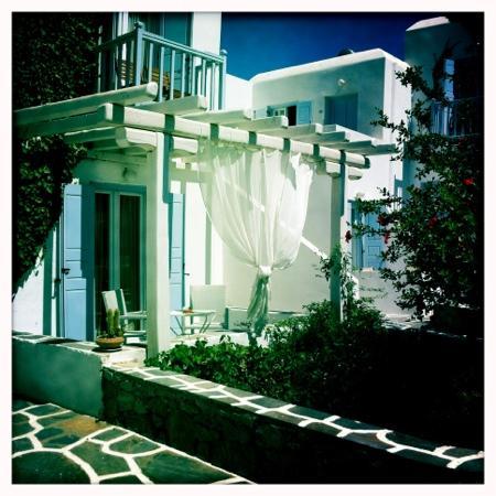 Aeolos Mykonos Hotel: our terrace