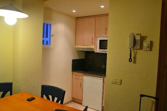 Grupotel Alcudia Suite: Cocina - Apartamento 201