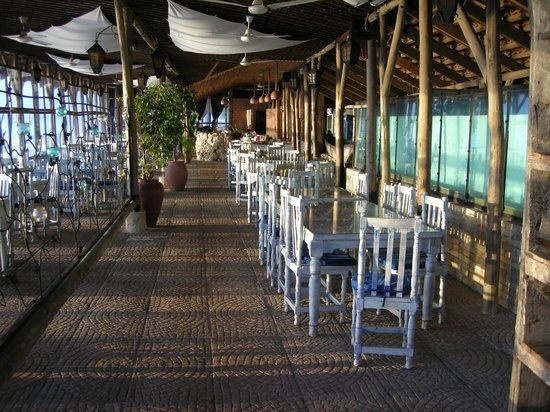 Mediterraneo Hotel & Restaurant : Great place to be at night