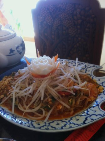 Bangkok Restaurant: this was the noodle dish