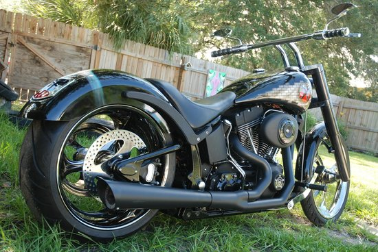 Art In Motion LLC - Custom Motorcycles