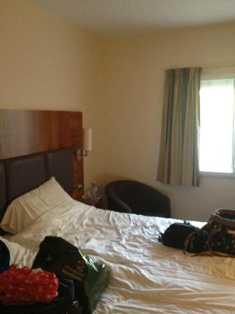 Premier Inn Watford Central Hotel: (Room 103)
