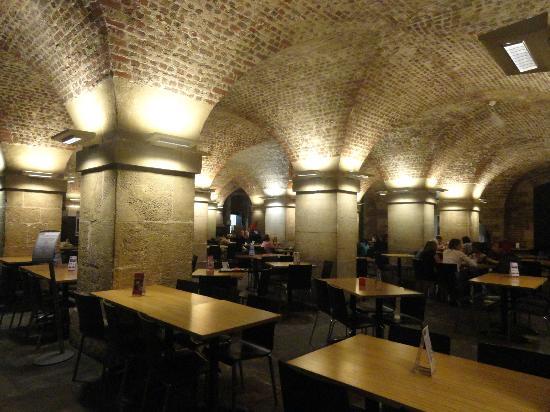 St Martin-in-the-Fields: El interior del café de la cripta