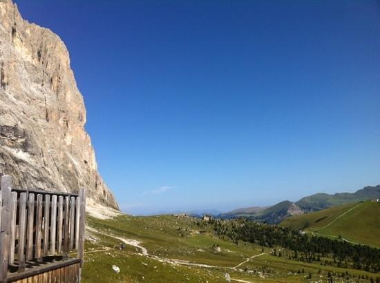 سيلفا دي فال جاردينا, إيطاليا: ai piedi del Sassolungo