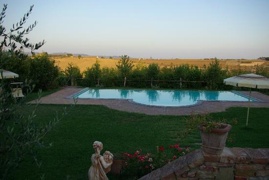 Agriturismo Pratovalle: Pratovalle piscine