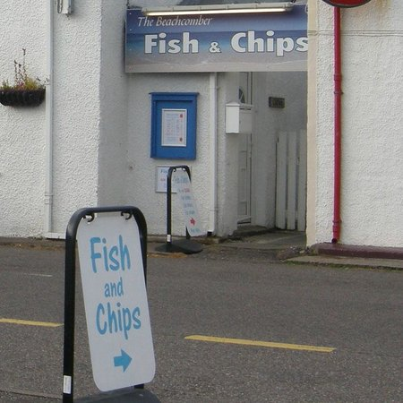 The Beachcomber fish & chip shop: The Beachcomber main entrance