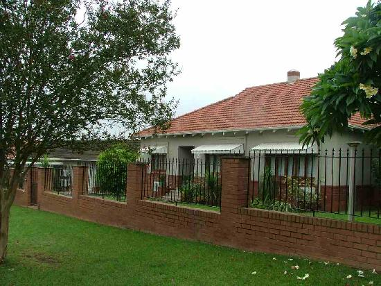 Thembelihle Guest House : Outside_front