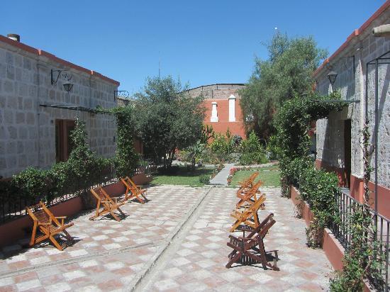 Hotel Casona Solar: 2nd patio