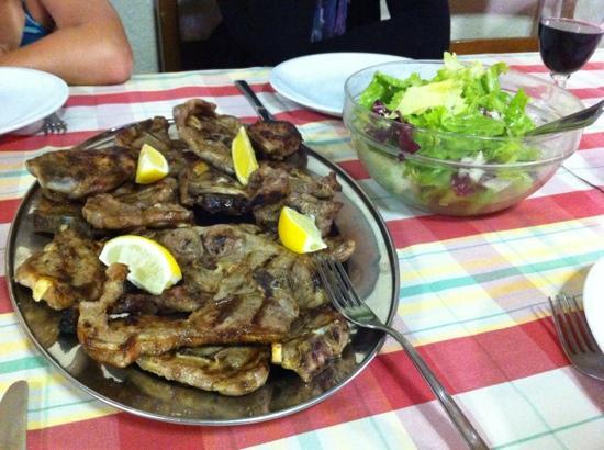 Taverna della Rocca : very good lamb
