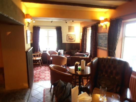 Innkeeper's Lodge Huddersfield, Kirkburton: Dining area