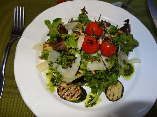 Grain de Sel : Mixed Lettuces with Grilled Courgettes, Shaved Parmesan, Pine Nuts and Pistou