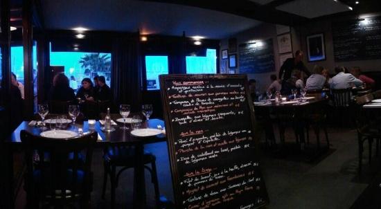 Le bistro quai st laurent du var restaurant bewertungen - Restaurant port de saint laurent du var ...