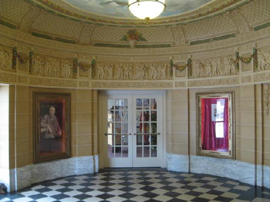 Al Ringling Theater Tour: The Theater lobby