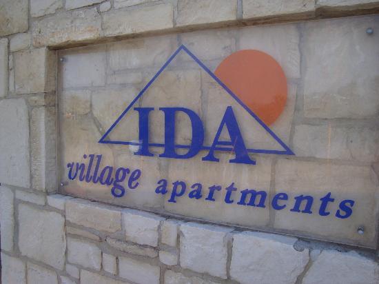 Ida Village I&II: esterno