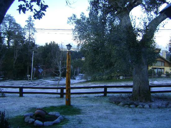 Cabanas El Viejo Marquéz: Y una mañana (10 hs) amaneció así. Un espectáculo!! Vista desdeel ventanal de la cocina