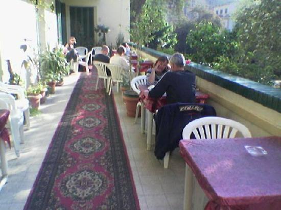 Mayfair Hotel: Terrac
