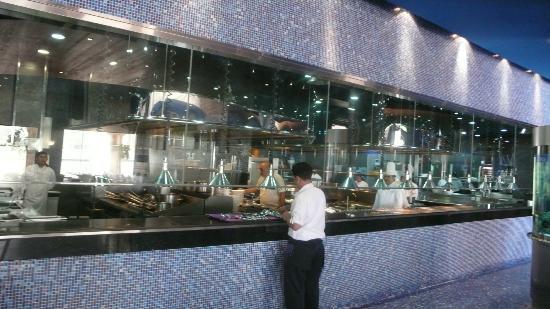 Katara Cultural Village: L'wzaar Seafood Market