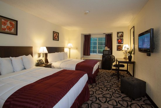 Jacksonville Plaza Hotel & Suites: Two Queen Room