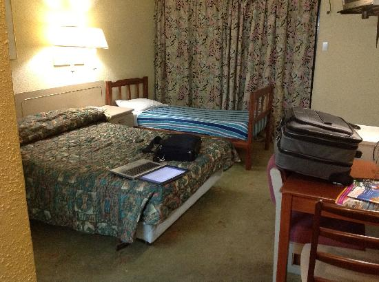 Curacao Airport Hotel: Room