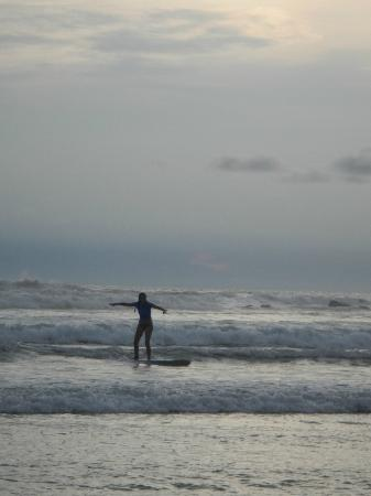 Adrenalina Kite & Surf Camp: Surfing at sunset