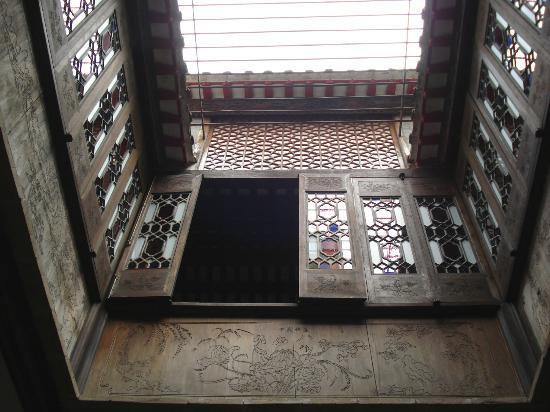 Lou Kau Mansion: Beautiful Wooden Panels 1