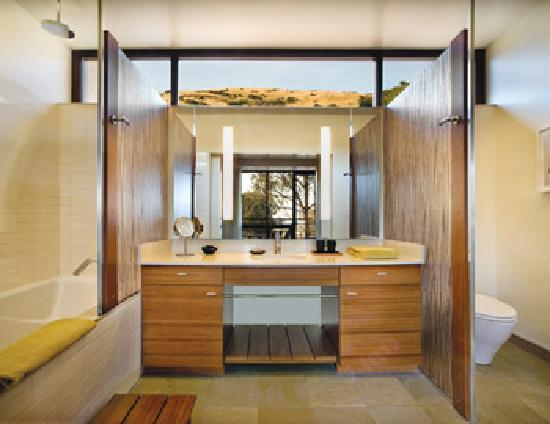 Cavallo Point: Contemporaty Bathroom