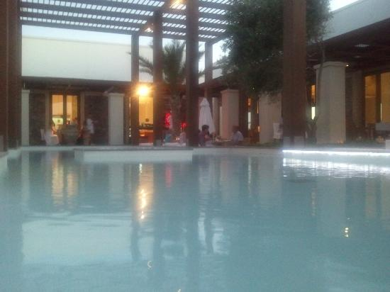 Amirandes, Grecotel Exclusive Resort : Το κεντρικό εστιατόριο