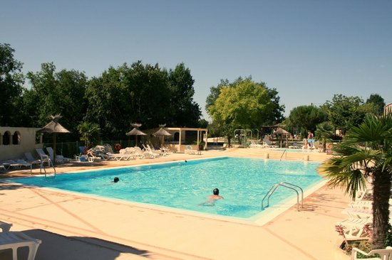 Camping Naturiste Le Couderc: La piscine