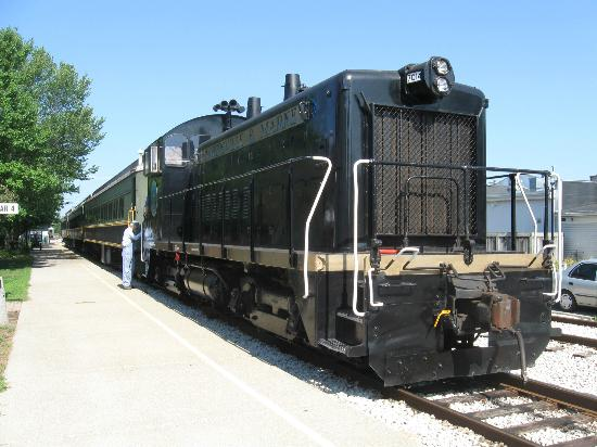 Coopersville & Marne Railway : Diesel Hauled Train Ride