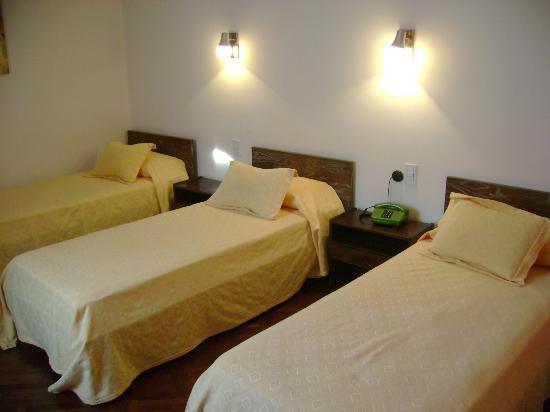 Hotel Regidor San Luis: Habitación Triple Twin con  Sommier