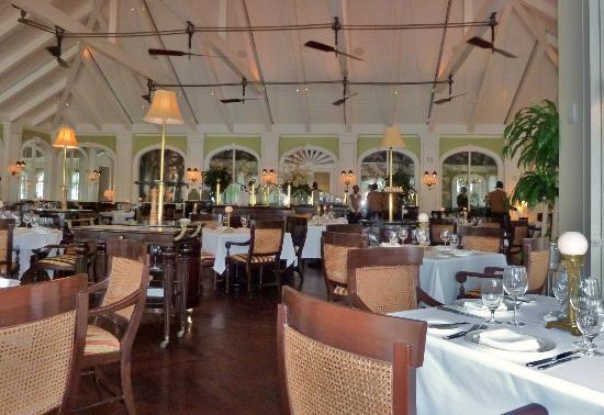 Cafe Martinique: dining area