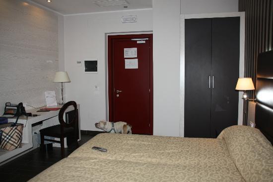 S Hotel: entrata camera 108