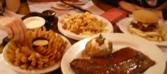 Outback Steakhouse - Center Norte: Delicious appetizers!