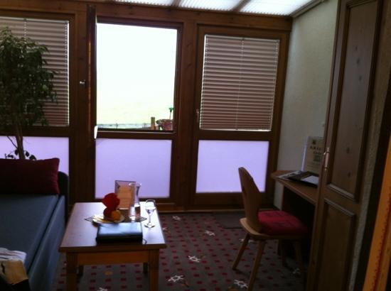Landhotel Alphorn: Sitzecke Zimmer 12