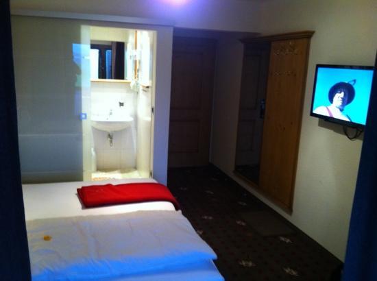 Landhotel Alphorn : Schlafraum