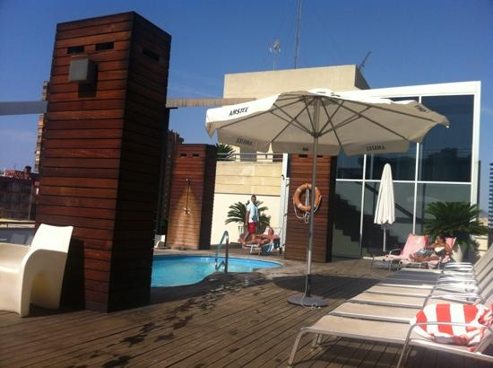 Hotel Agir: piscina chillout