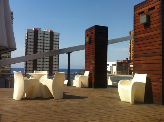 Hotel Agir: mas de la piscina chillout