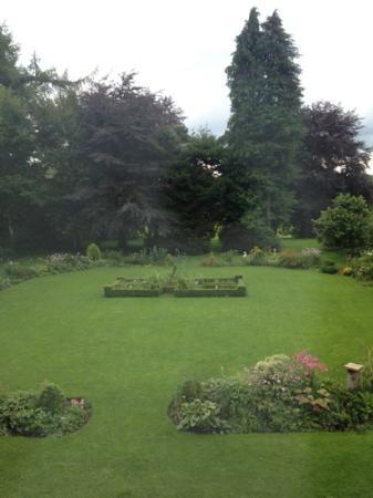 Trigony House Hotel: garden