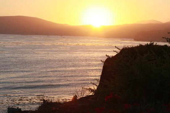 Dolphin Bay Resort & Spa: Beautiful Sunset