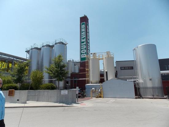 Boulevard Brewing Company: View of the Brewery from nearby parking
