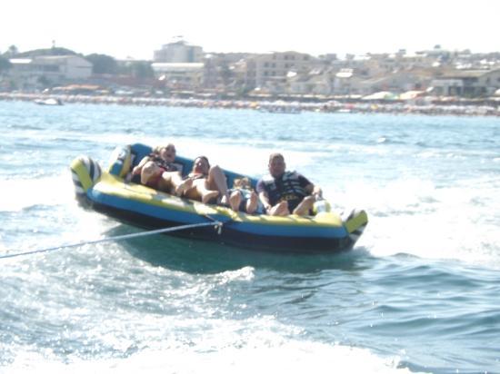 Tuntas Beach Hotel Altinkum : little boat trip