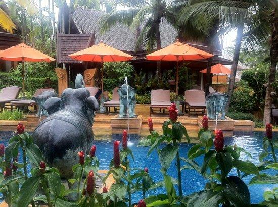 Amari Vogue Krabi: Hotel pool