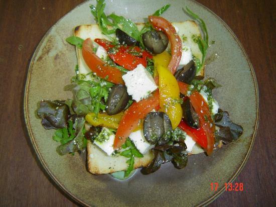 The Pirate Restaurant & Bar: Greek Salad